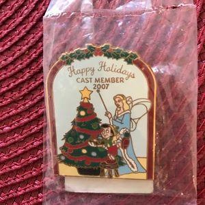 Disney holiday pin